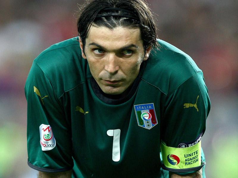 Allarme Itaalia, Buffon ai box: Salta l'Inghilterra