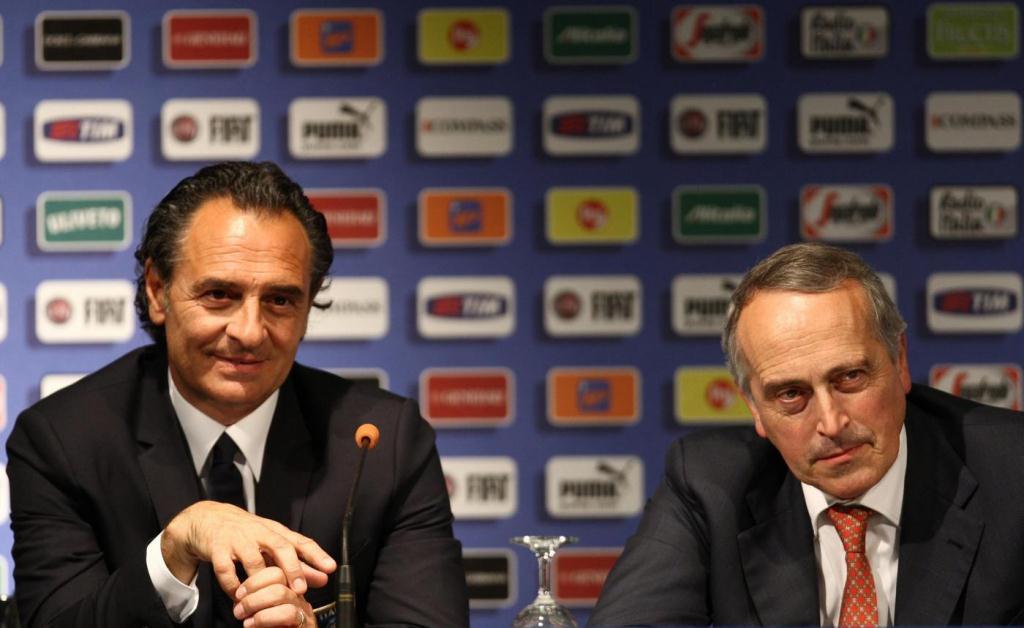 La Nazionale Italiana torna a casa: Prandelli ed Abete si sono dimessi