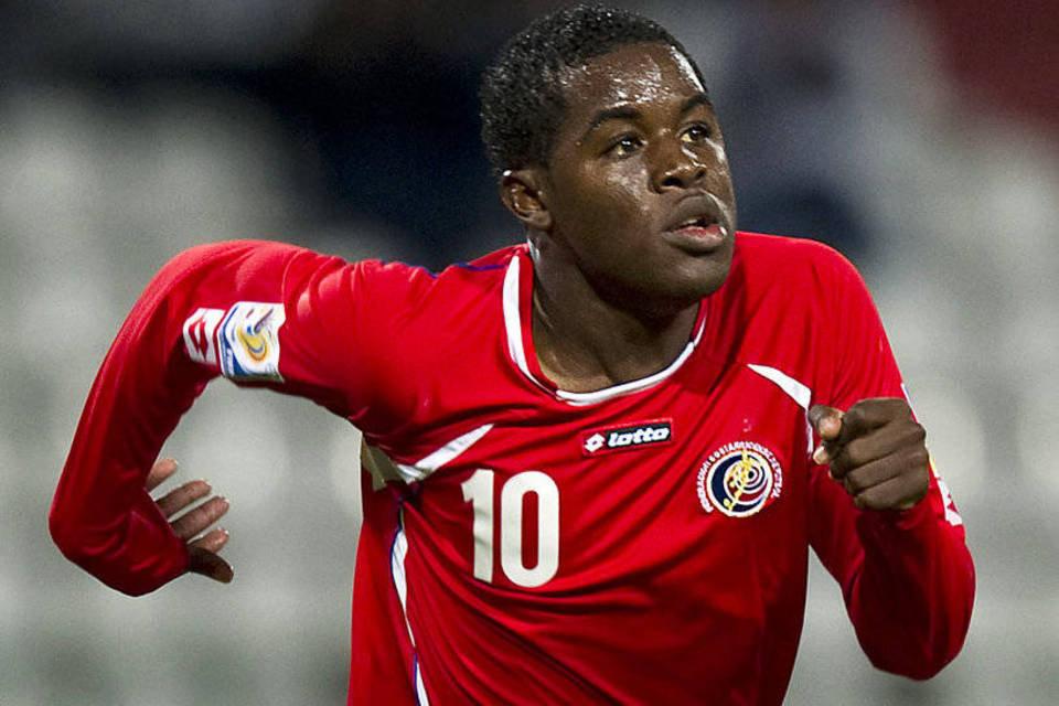 Mondiali Gruppo D, Cavani illude l'Uruguay:Costarica cala il tris