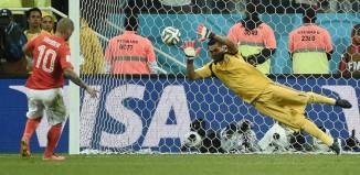 Romero ipnotizza l'Olanda: Argentina in finale